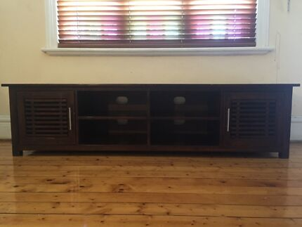 Timber TV/entertainment unit Meadowbank Ryde Area Preview