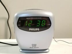 Philips AJ3241 AM/FM Dual Alarm Clock Radio. Tested.