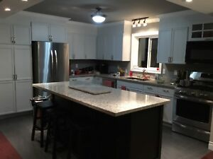HOUSE SIT 2BEDROOM MAIN FLOOR ONLY OF HOUSE DEC1 ST. TO APRIL 29