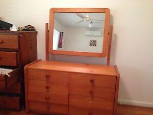 Wooden dresser with drawers & mirror- free Gordon Park Brisbane North East Preview