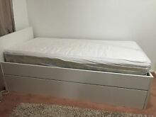 Single bed Macquarie Fields Campbelltown Area Preview