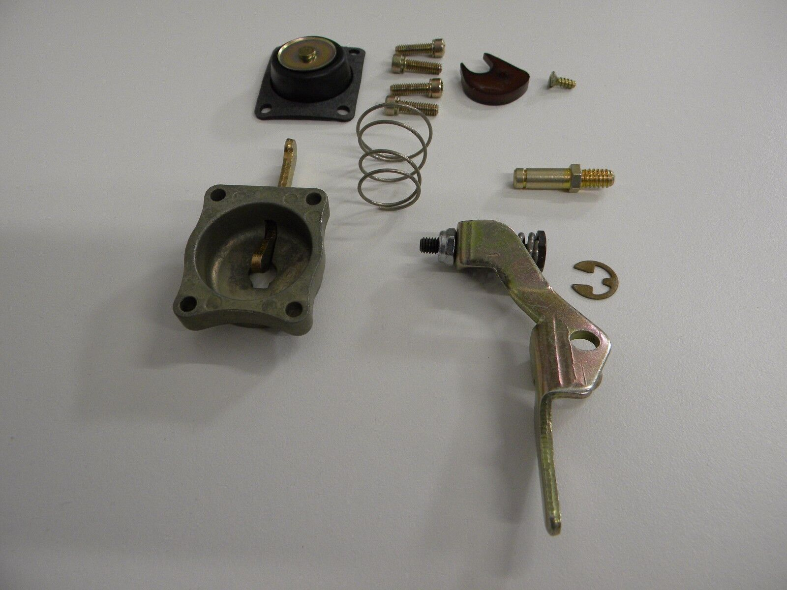 Holley 1063-441 50cc  Pump Cover Arm