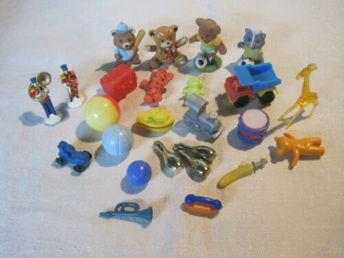Lot of miniature dollhouse toys, gumball machine prizes