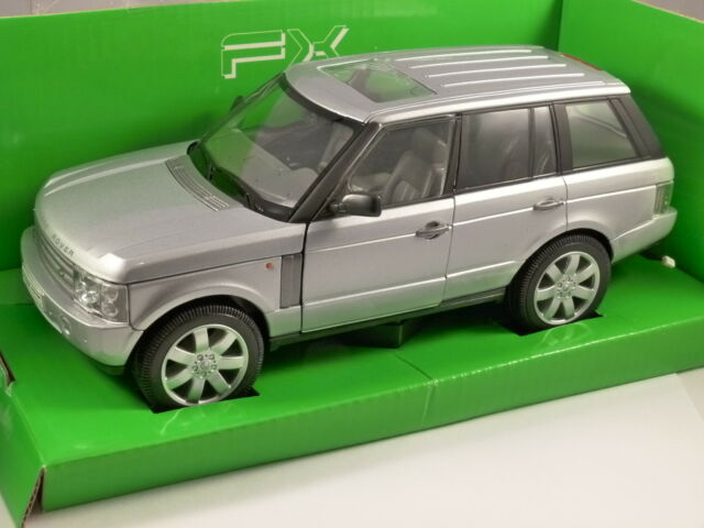 RANGE ROVER in Silver 1/24 scale model by WELLY