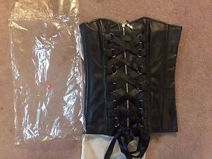 New Faux leather corset