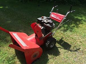 Sno Trac Snowblower 10 hp 28in