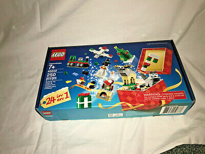 Lego 40222 Christmas Build-Up, Winter, Brand New, Parts unopened