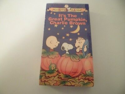 NEW SEALED VHS TAPE PEANUTS CLASSICS THE GREAT PUMPKIN CHARLIE BROWN HALLOWEEN
