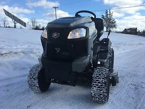 2015 Craftsman Lawn Tractor!  We take trade ins!