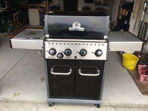 Newer Broil King Baron series BBQ Price slashed for Quick Sale