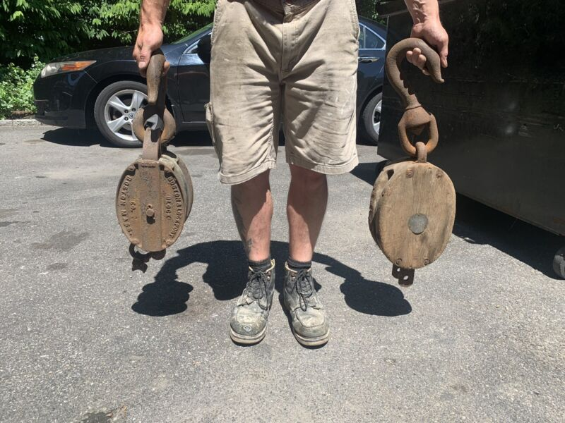One Antique  Iron Block & Tackle Pulley