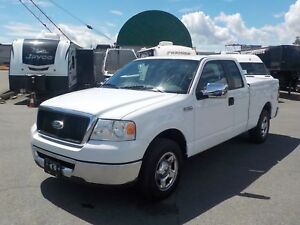 2008 Ford F-150 XLT SuperCab Short Box 2WD with Toneau Cover