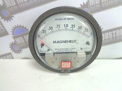 Dwyer Magnehelic Differential Pressure Gauge 0-2 2002 15 Psig