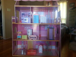 Doll house - Barbie size