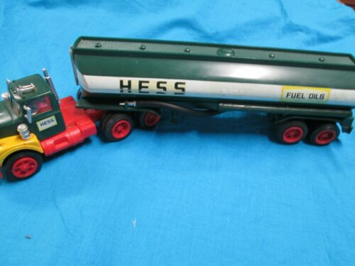 1972 Hess Truck in Excellent Condition with Lights in Reproduction Box