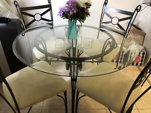 Dining Table (4 Seater)