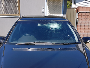 Windscreen And Auto Glass  Replacement. Fairfield Darebin Area Preview