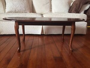 Pretty Wooden Coffee Table