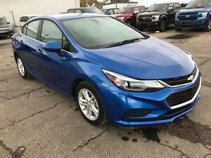 2016 Chevrolet Cruze LT Auto Navigation | Heated Front Seats...