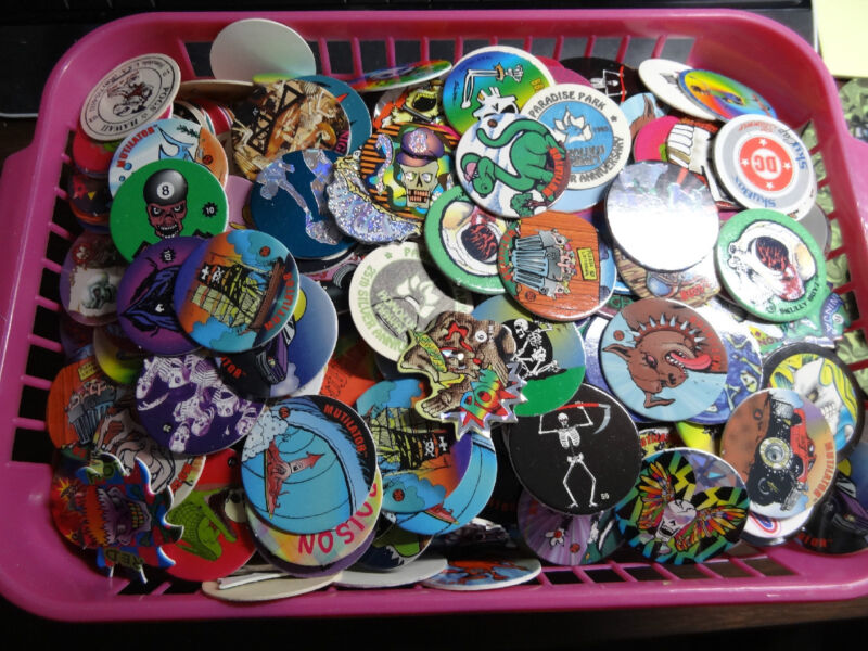 Pogs 1000 Misc w/10 slammers * Includes Milkcaps, some Sawblades, some Custom