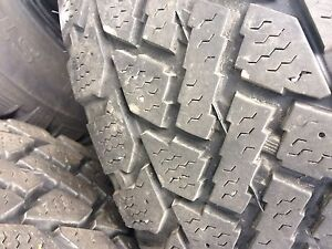 4 winter tires with rims 205/65/15(5x114.3)