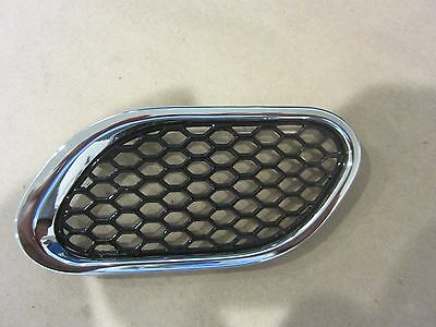 Maserati QTP RH Lateral Air Outlet / Fender Grille Standard Version 67570400