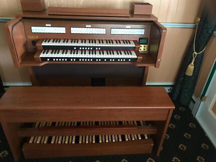 Digital pipe Organ