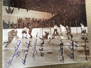 """Photo of """"The Goal"""" Barilko Scores Autographed"""