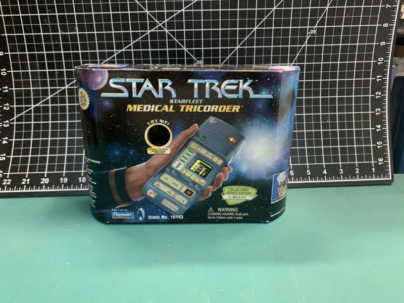 Star Trek Starfleet Medical Tricorder Electronic Light Sound Playmates Cosplay