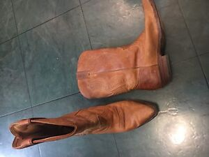 Women's Size 7.5 Boots