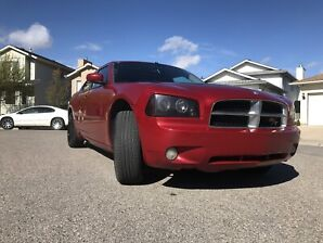 2007 Dodge Charger R/T ( AWD, new tires, in great condition!! )
