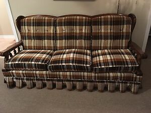 Couch plaid brown