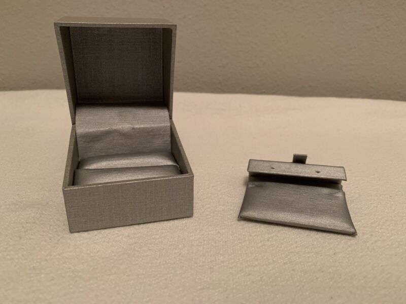 """Zales the Diamond Store Silver Ring Necklace Earring Jewelry Box 2.5"""""""