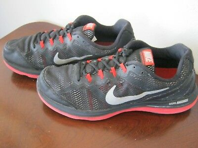 c9aaad6e7319 Men s Nike Dual Fusion Run 3 Running Shoes US 10.5 Black Red Trim 653596 003
