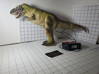 Jurassic Park The Lost World T Rex Toy Biz  remote control 1997  -=WORKS=-