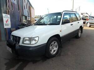 00 Subaru Forester 4CYL, 5SPD, COLD A/C, TOW BAR, ROOF RACKS, RWC. Kingston Logan Area Preview