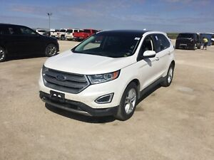 2017 Ford Edge SEL *AWD/Navi/B.tooth/Htd Lthr/Pano Roof