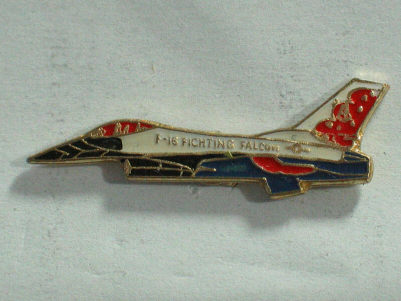 F-16 Fighting Falcon  Aircraft Pin , Vintage , (**)