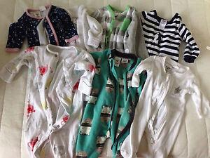 1x H&M onesie & 7x Tiny little wonders & 4x bonds onesies Forrestfield Kalamunda Area Preview