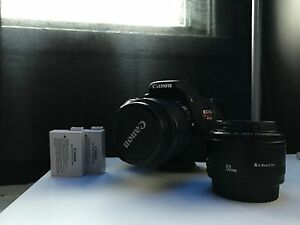 Canon t3i + 18-55mm + 50mm f1.8 & 2 Batteries
