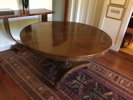 DINING TABLE  GEORGIAN ROUND ANTIQUE. dining table in Canberra Region  ACT   Antiques  Art