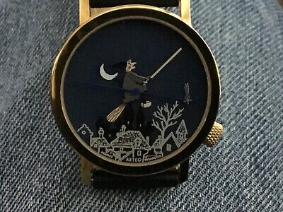 AKTEO Watch, A Halloween Witch in a 3 Dimensional Design - Purpose Halloween 3