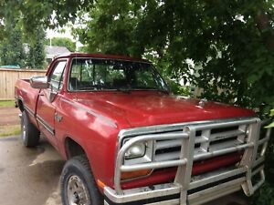 1990 Dodge Power Ram 2500 Pickup Truck