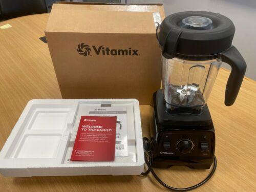 Vitamix 7500 Professional Grade Blender Low-Profile 64 Oz BLACK