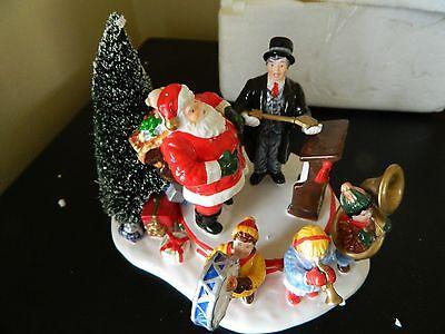"Department 56 Snow Village ""Santa Comes To Town, 1997"" #54899"