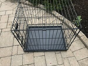Petmate 24 inch small dog Kennel