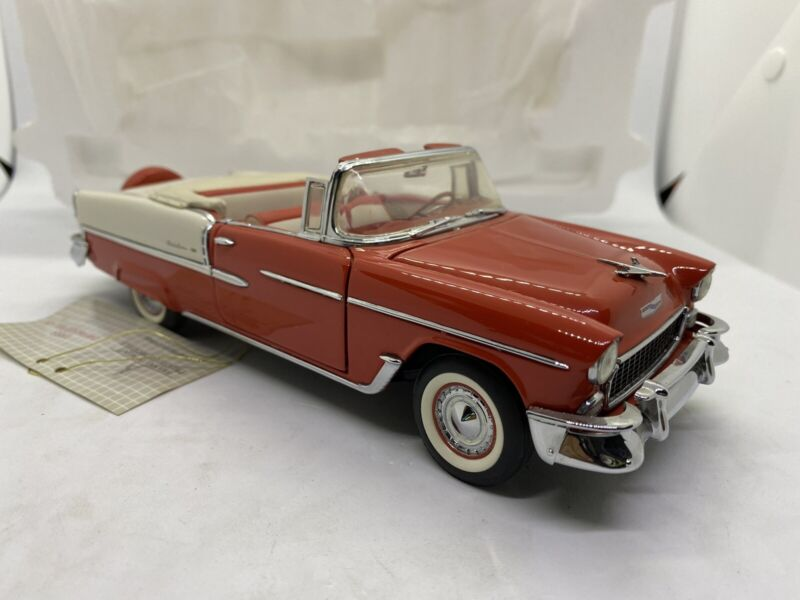 Franklin Mint 1955 Chevrolet Bel Air Convertible -1/24 Scale Complete.