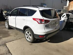 Parting out 2014 Ford Escape Se awd!