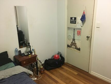 Wanted: $175 Single room short term fortitude Valley/New Farm