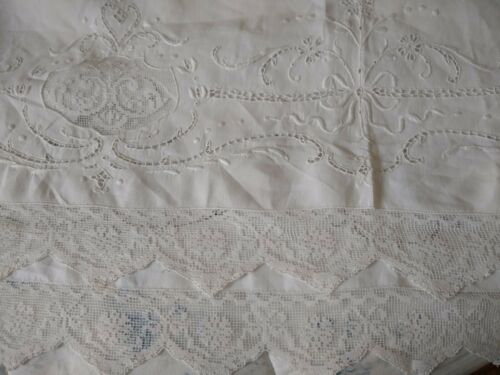Vintage Italian  Linen Lace Tablecloth / Edwardian / Ribbons & Bows !
